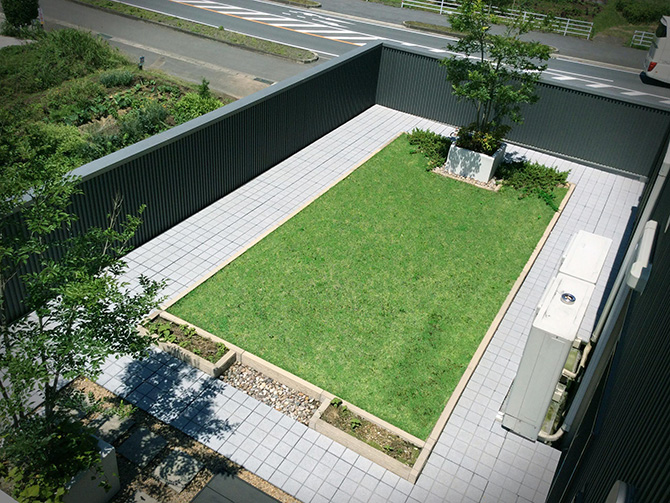 熊本営業所屋上緑化施工事例